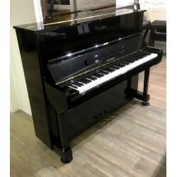 Piano droit Hyundai By Samick U-835 121cm noir brillant
