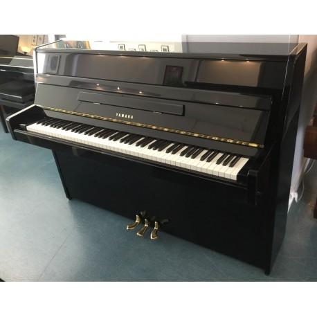 PIANO DROIT YAMAHA M1J Noir brillant