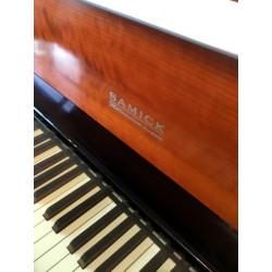 Piano droit SAMICK SMR 2000 Millenium 118 cm