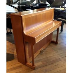Piano Droit KRAUSS Made by Sauter120 R2 Merisier satiné