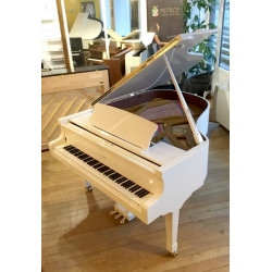PIANO A QUEUE PETROF P IV 1m73 Blanc poli