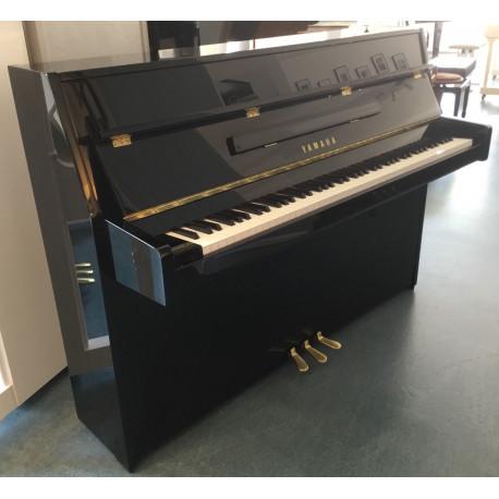 Piano Droit YAMAHA B1 Noir Brillant 109 cm