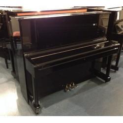 piano droit Kaiser 121 made by Yamaha Noir Brillant