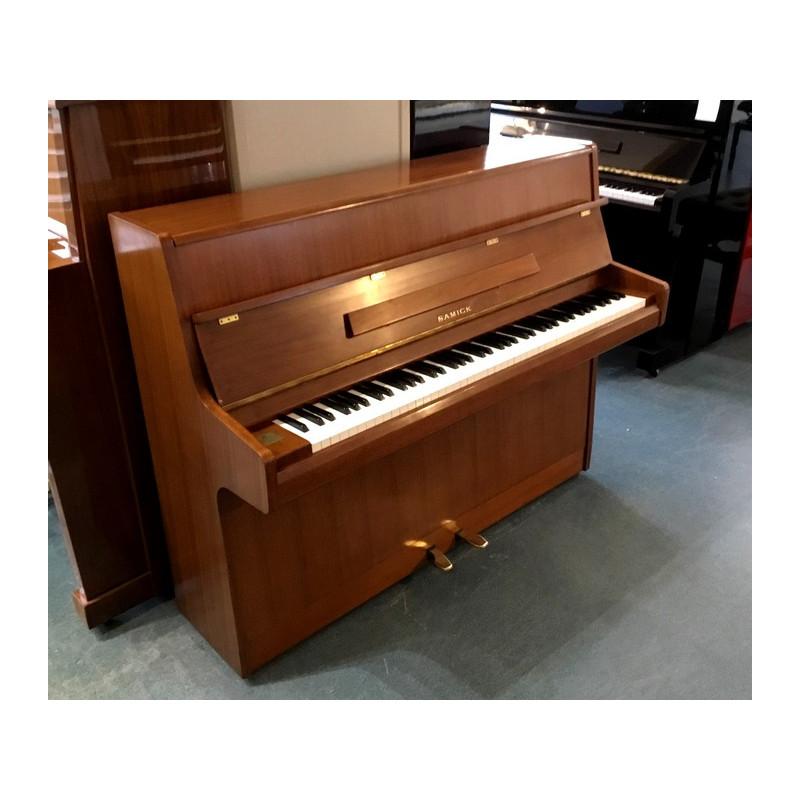 Piano Droit SAMICK S-108S Noyer mat 108 cm