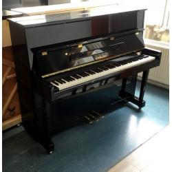 Piano droit STRAUSS UP-117D Noir brillant
