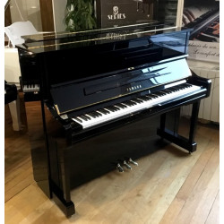 Piano Droit YAMAHA U1...