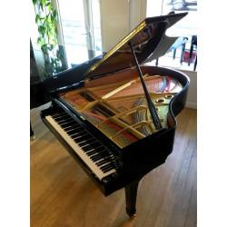 PIANO A QUEUE YAMAHA C3 Noir Brillant