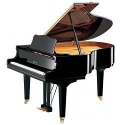 PIANO A QUEUE YAMAHA GC2 173cm Noir brillant