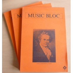 "1 cahier vierge de partitions ""Music Bloc"" orange / 200 pages / 12 portées / 297*205mm"
