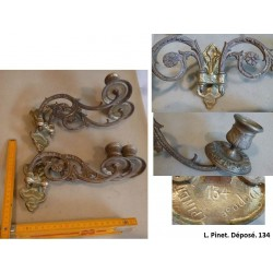 lot de 2*2 chandeliers en bronze. L. Pinet. Modèle déposé 134