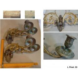 lot de 2*2 chandeliers en bronze. L. Pinet. Modèle 33