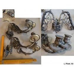 lot de 2*2 chandeliers en bronze. L. Pinet. Modèle 53.