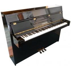 Piano Droit YAMAHA C108 Noir brillant