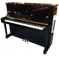 Piano Droit YAMAHA YM5 121 cm Noir brillant
