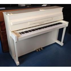 Piano Droit YAMAHA E-110 N Ivoire brillant