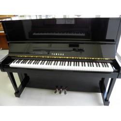 Piano Droit Yamaha MC90 121cm Noir brillant